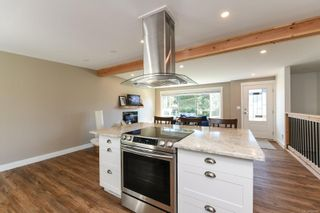 Photo 4: 381 Denman St in : CV Comox (Town of) House for sale (Comox Valley)  : MLS®# 858909