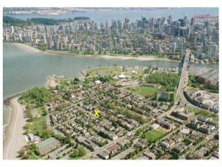 Photo 3: 1839 CREELMAN Avenue in Vancouver: Kitsilano 1/2 Duplex for sale (Vancouver West)  : MLS®# V1047236