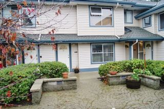 "Photo 1: 16 5664 208 Street in Langley: Langley City Townhouse for sale in ""The Meadows"" : MLS®# R2125895"