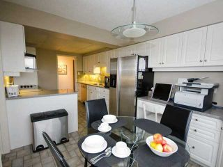 """Photo 5: 801 2150 W 40TH Avenue in Vancouver: Kerrisdale Condo for sale in """"WEDGEWOOD"""" (Vancouver West)  : MLS®# V921042"""