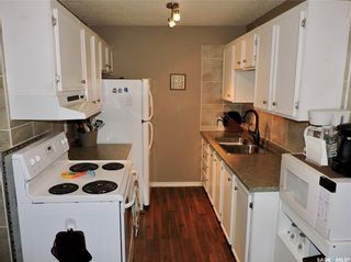 Photo 1: 401 529 X Avenue South in Saskatoon: Meadowgreen Residential for sale : MLS®# SK846376