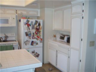 Photo 4: UNIVERSITY HEIGHTS Condo for sale : 2 bedrooms : 4525 Mississippi Street #4 in San Diego