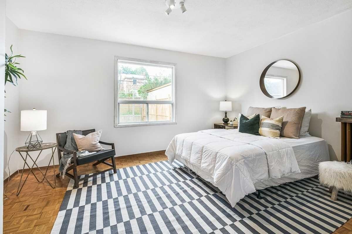 Photo 14: Photos: 10 Jesmond Avenue in Toronto: Oakwood-Vaughan House (Bungalow) for sale (Toronto C03)  : MLS®# C4595811