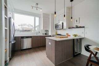 """Photo 9: 2337 BRUNSWICK Street in Vancouver: Mount Pleasant VE Townhouse for sale in """"9 ON THE PARK"""" (Vancouver East)  : MLS®# R2448860"""