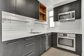 """Photo 8: 403 2828 MAIN Street in Vancouver: Mount Pleasant VE Condo for sale in """"DOMAIN"""" (Vancouver East)  : MLS®# R2539380"""