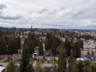 """Photo 34: 2327 CLARKE Drive in Abbotsford: Central Abbotsford House for sale in """"Historic Downtown Infill Area"""" : MLS®# R2556801"""