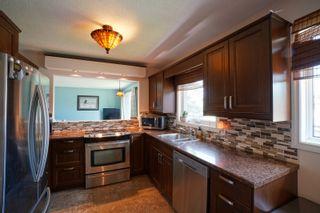 Photo 7: 40 Brown Bay in Portage la Prairie: House for sale : MLS®# 202116386