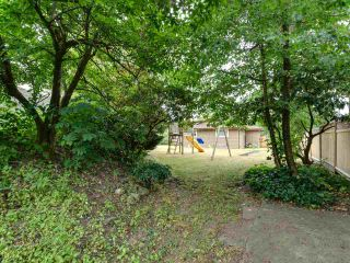 Photo 18: 15227 HUMMINGBIRD PLACE in Surrey: Bolivar Heights House for sale (North Surrey)  : MLS®# R2383706
