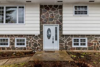 Photo 3: 966 Pine Street in Greenwood: 404-Kings County Residential for sale (Annapolis Valley)  : MLS®# 202106560