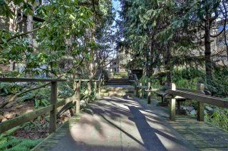 """Photo 14: 303 10680 151A Street in Surrey: Guildford Condo for sale in """"Lincoln's Hill"""" (North Surrey)  : MLS®# R2438451"""