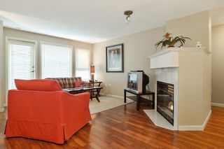 Photo 3: 103 17730 58A AVENUE in Surrey: Cloverdale BC Condo for sale (Cloverdale)  : MLS®# R2324764