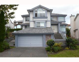Photo 1: 2921 HEDGESTONE Court in Coquitlam: Westwood Plateau House for sale : MLS®# V670727