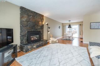 Photo 6: 3648 Bridgeport Pl in VICTORIA: SE Maplewood House for sale (Saanich East)  : MLS®# 806290