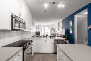 """Photo 3: 38332 EAGLEWIND Boulevard in Squamish: Downtown SQ Townhouse for sale in """"Streams at Eaglewinds"""" : MLS®# R2576309"""