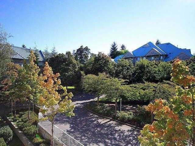 """Main Photo: 312 15150 29A Avenue in Surrey: King George Corridor Condo for sale in """"Sands 2"""" (South Surrey White Rock)  : MLS®# F1322210"""