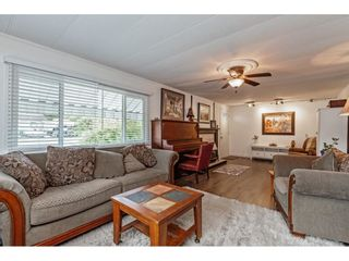 Photo 7: 35281 RIVERSIDE Road: Manufactured Home for sale in Mission: MLS®# R2582946