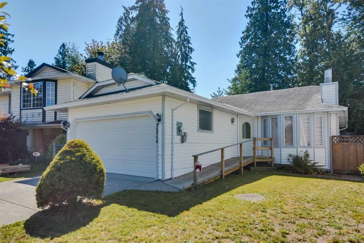 Main Photo: 20208 116B Avenue in Maple Ridge: Southwest Maple Ridge House for sale : MLS®# R2116409