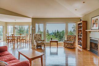 Photo 7: 6193 MIKA Road in Sechelt: Sechelt District House for sale (Sunshine Coast)  : MLS®# R2609628