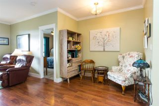 """Photo 5: 408 33338 MAYFAIR Avenue in Abbotsford: Central Abbotsford Condo for sale in """"The Sterling"""" : MLS®# R2456135"""