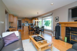 """Photo 12: 35917 STONECROFT Place in Abbotsford: Abbotsford East House for sale in """"Mountain meadows"""" : MLS®# R2193012"""