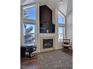 Photo 6: 203 438 31 Avenue NW in Calgary: Mount Pleasant House for sale : MLS®# C4119240