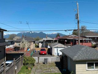Photo 4: 2465 E 23RD Avenue in Vancouver: Renfrew Heights House for sale (Vancouver East)  : MLS®# R2585442