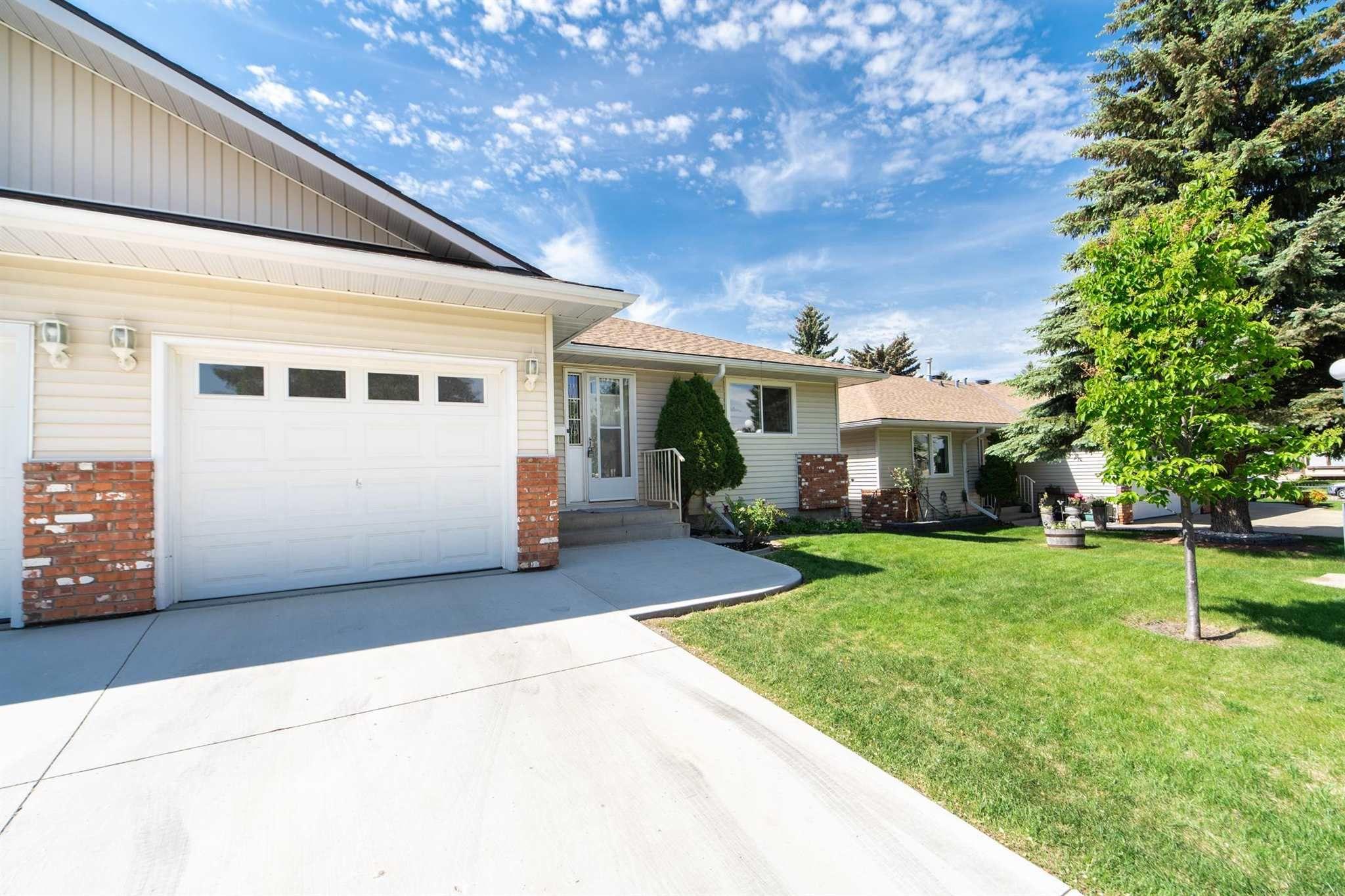 Main Photo: 1507 62 Street in Edmonton: Zone 29 House Half Duplex for sale : MLS®# E4262734