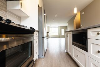 "Photo 11: 1222 SHANNON Lane in Squamish: Downtown SQ Townhouse for sale in ""The Falls at Eaglewind"" : MLS®# R2107690"