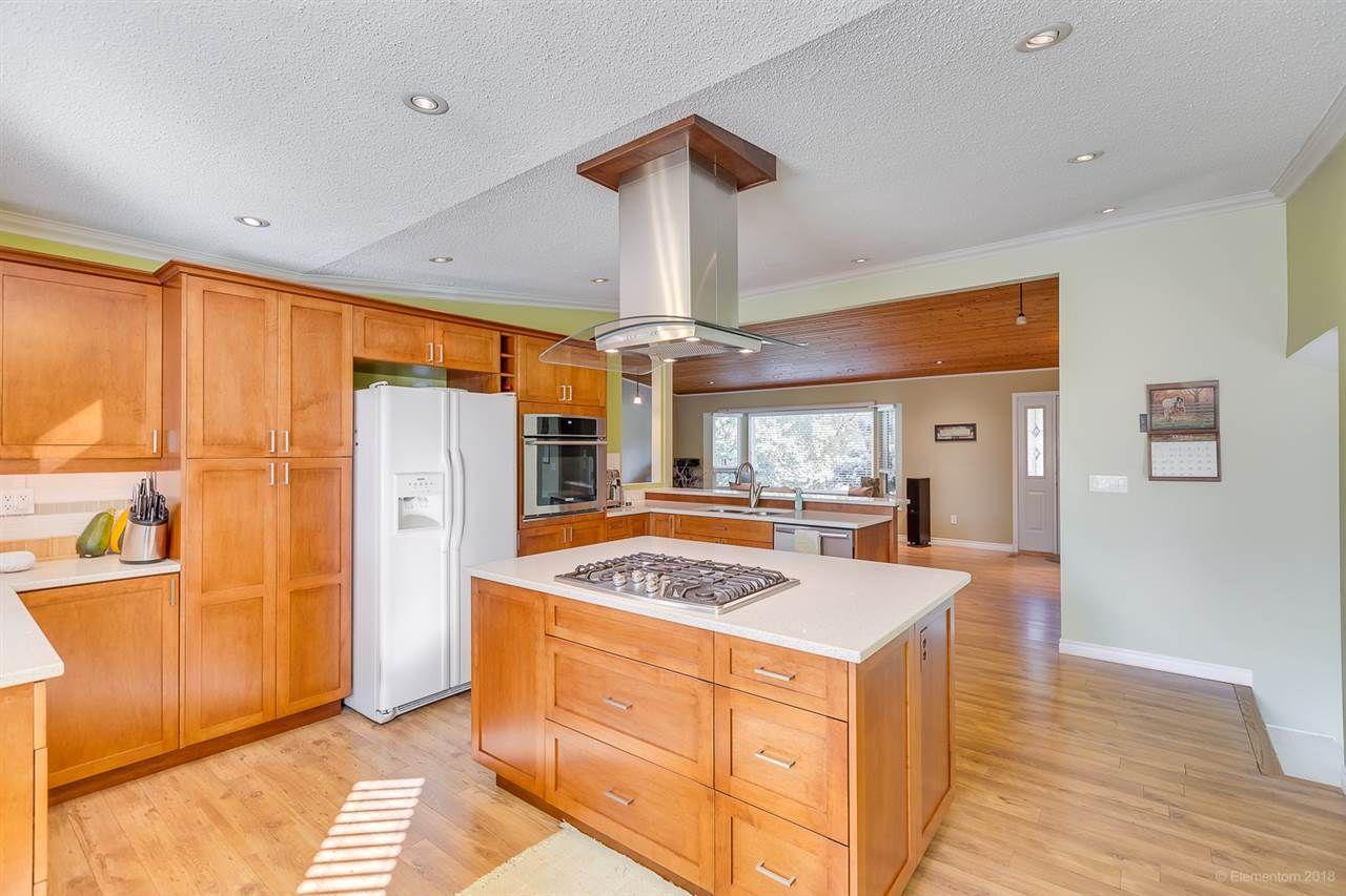 Photo 10: Photos: 11775 212 Street in Maple Ridge: Southwest Maple Ridge House for sale : MLS®# R2410545