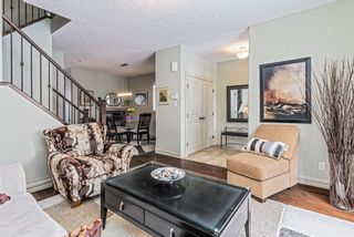 Photo 4: 4935 21 Avenue NW in Calgary: Montgomery Semi Detached for sale : MLS®# A1095346