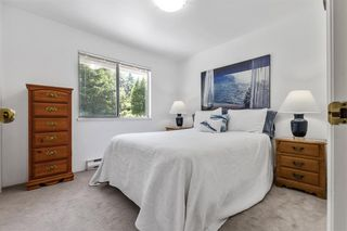 """Photo 12: 17282 29 Avenue in Surrey: Grandview Surrey House for sale in """"COUNTRY WOODS ESTATE"""" (South Surrey White Rock)  : MLS®# R2467467"""