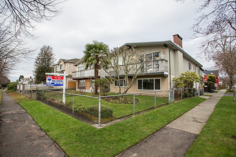 Main Photo: 6161 ST. GEORGE Street in Vancouver: Fraser VE House for sale (Vancouver East)  : MLS®# R2422221