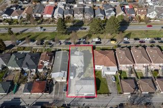 "Photo 26: 2750 E 1ST Avenue in Vancouver: Renfrew VE House for sale in ""PRIME RENFREW"" (Vancouver East)  : MLS®# R2553326"