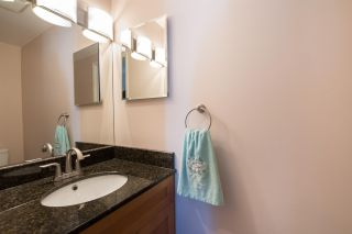 "Photo 15: 304 1055 W 13TH Avenue in Vancouver: Fairview VW Condo for sale in ""OAK WEST"" (Vancouver West)  : MLS®# R2525826"