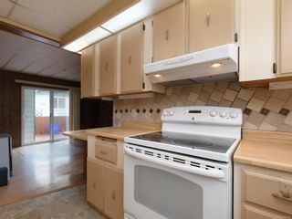 Photo 13: 9378 Trailcreek Dr in : Si Sidney South-West Manufactured Home for sale (Sidney)  : MLS®# 872395