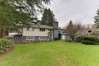 Photo 3: 688 POPLAR Street in Coquitlam: Central Coquitlam House for sale : MLS®# R2541774