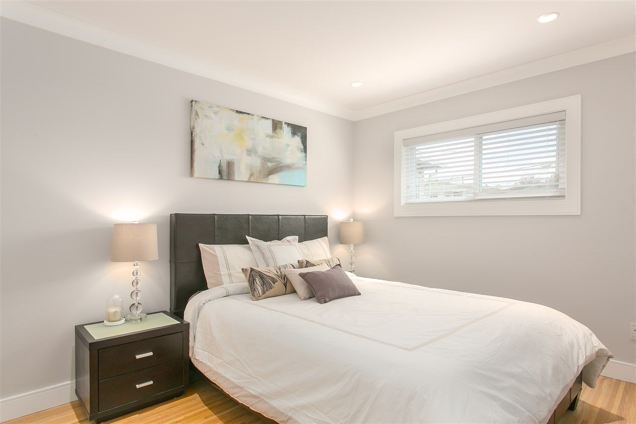 Photo 8: Photos: 3566 MOSCROP STREET in Vancouver: Collingwood VE House for sale (Vancouver East)  : MLS®# R2011358