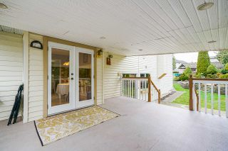 """Photo 31: 5749 189A Street in Surrey: Cloverdale BC House for sale in """"FAIRWAY ESTATES"""" (Cloverdale)  : MLS®# R2545304"""