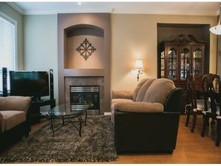 """Photo 5: 4 15168 66A Avenue in Surrey: East Newton Townhouse for sale in """"Porter's Cove"""" : MLS®# F1317928"""