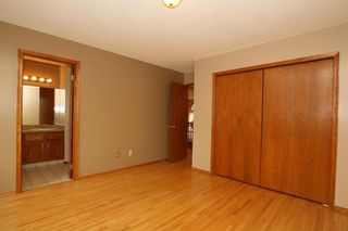 Photo 21: 2 WEST ANDISON Close: Cochrane House for sale : MLS®# C4141938