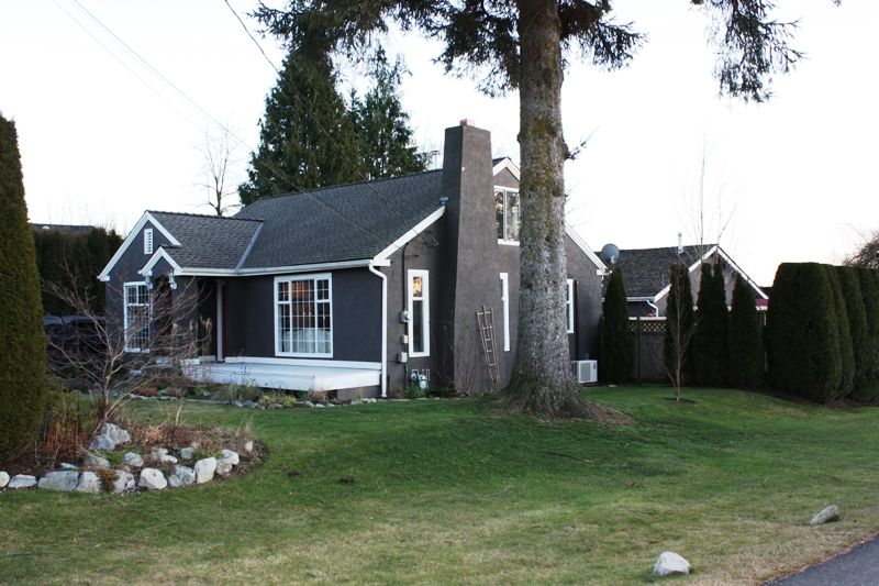 Main Photo: 32846 4TH Avenue in Mission: Mission BC House for sale : MLS®# F1201254