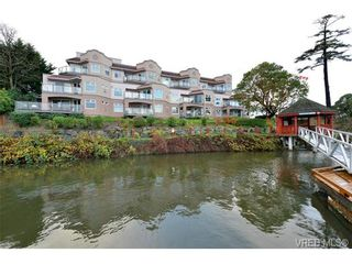 Photo 2: 310 1085 Tillicum Rd in VICTORIA: Es Kinsmen Park Condo for sale (Esquimalt)  : MLS®# 725059