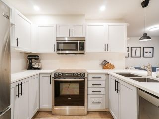 """Photo 7: 202 333 E 1ST Street in North Vancouver: Lower Lonsdale Condo for sale in """"Vista West"""" : MLS®# R2554651"""