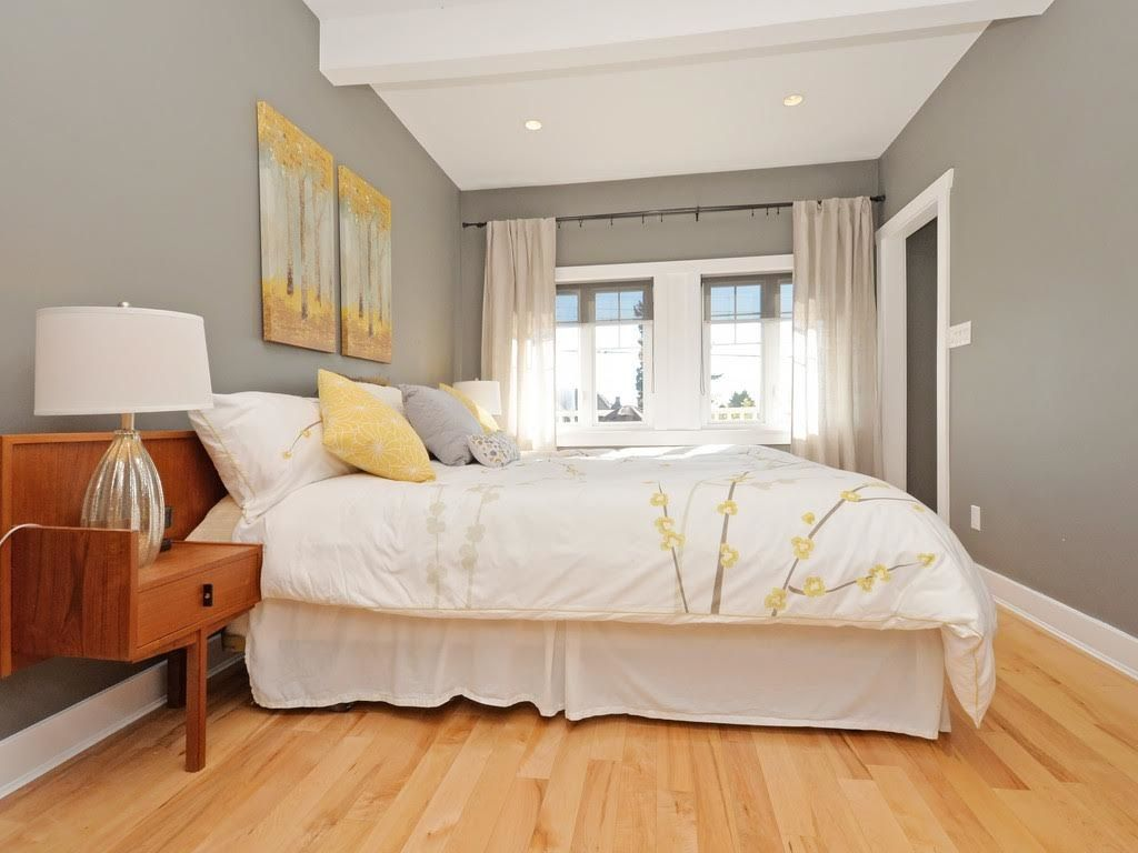 Photo 12: Photos: 728 E 7TH Street in North Vancouver: Queensbury House for sale : MLS®# R2114157