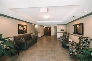 """Photo 4: 312 33375 MAYFAIR Avenue in Abbotsford: Central Abbotsford Condo for sale in """"MAYFAIR PLACE"""" : MLS®# R2604719"""