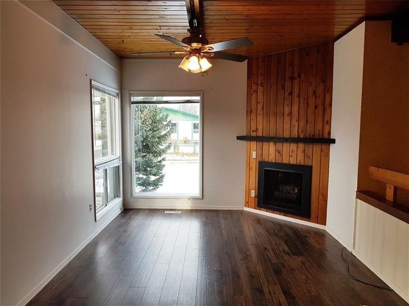 FEATURED LISTING: 80 Queen Isabella Close Southeast Calgary