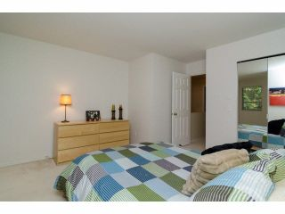 """Photo 12: 49 103 PARKSIDE Drive in Port Moody: Heritage Mountain Townhouse for sale in """"TREETOPS"""" : MLS®# V1065898"""