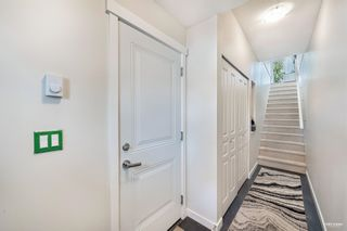 """Photo 3: 65 5550 ADMIRAL Way in Ladner: Neilsen Grove Townhouse for sale in """"Fairwinds at Hampton Cove"""" : MLS®# R2603931"""