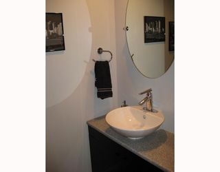 """Photo 5: 311 1549 KITCHENER Street in Vancouver: Grandview VE Condo for sale in """"DHARMA DIGS"""" (Vancouver East)  : MLS®# V767161"""