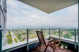 "Main Photo: 2705 5515 BOUNDARY Road in Vancouver: Collingwood VE Condo for sale in ""Wall Centre Central Park - North Tower"" (Vancouver East)  : MLS®# R2544456"